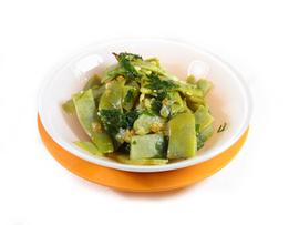 Vainitas verdes salteadas con perejil y limón